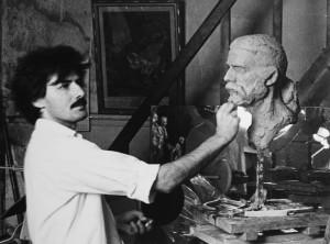 Dimitris Kouros Sculpting